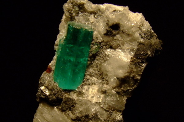 EMERALD: THE MAY BIRTHSTONE